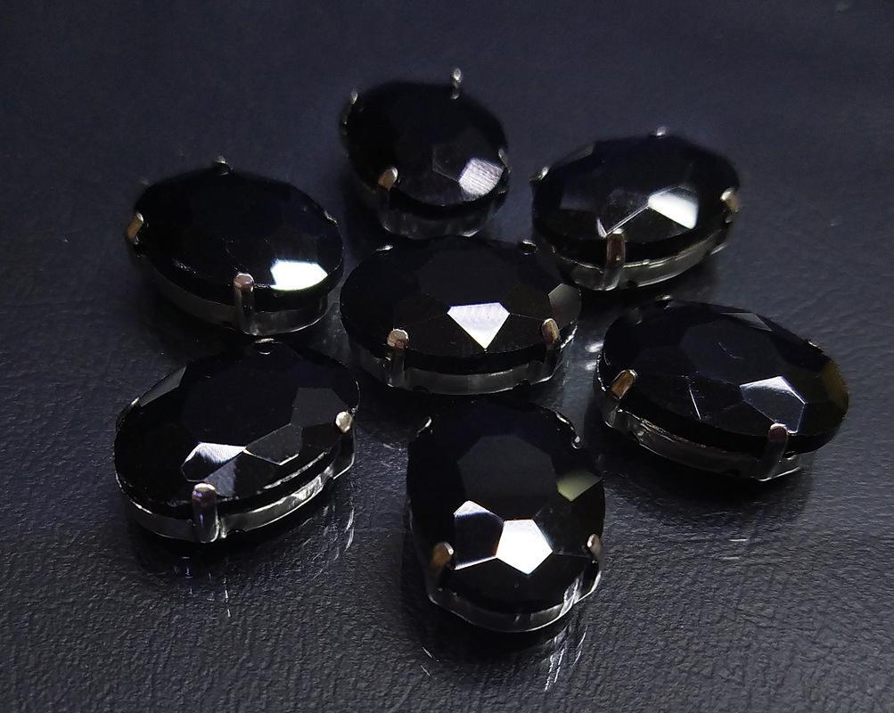 ОЦ012НН1318 Хрустальные стразы в цапах овальной формы, черный 13х18 мм, 3 шт. оптом